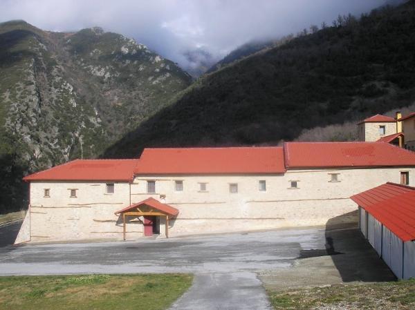 Πανηγυρίζει στις 28 Μαΐου η Ιερά Μονή Αγίας Τριάδος Σπαρμού Ολύμπου
