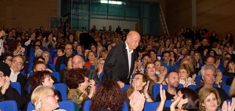 Τιμήθηκε ο Μίμης Πλέσσας σε δύο συναυλίες στο Βόλο που διοργάνωσε ο Σύλλογος Ελασσονιτών Μαγνησίας