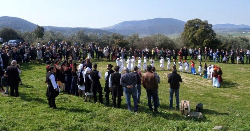 Τηρήθηκε και φέτος το έθιμο στον Άγιο Αθανάσιο στην Τσαριτσάνη