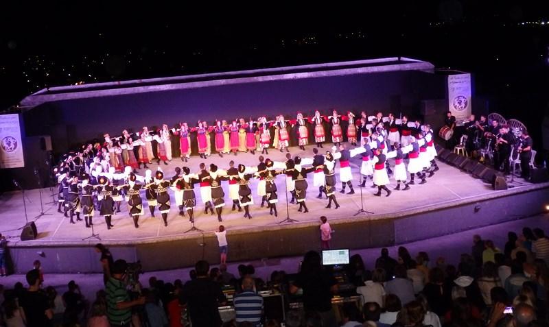 Η παράσταση της Ακαδημίας Χορών Ελασσόνας στο κανάλι 4Ε (FB)
