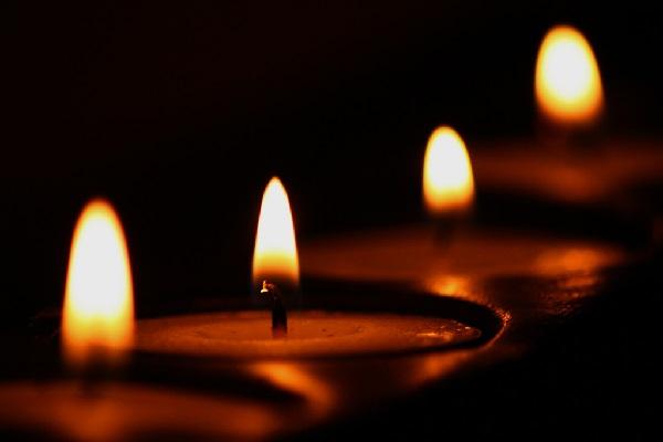 Εκπαιδευτικοί Ελασσόνας: Συλλυπητήριαγια το θάνατο του συνταξιούχου δασκάλου Αθ. Βλαχάβα