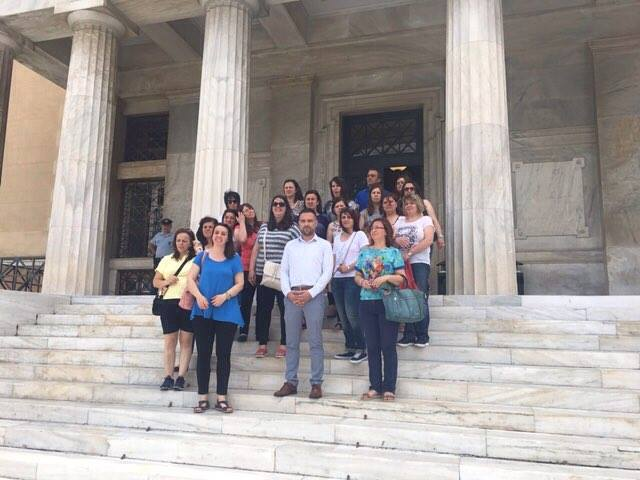 Γ. Κατσιαντώνης: Υποδέχτηκε μαθητές του Λιβαδίου στη Βουλή