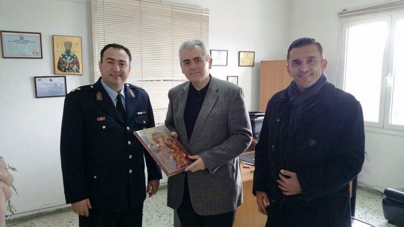 Στην Αστυνομία και Πυροσβεστική Ελασσόνας ο Μάξιμος Χαρακόπουλος
