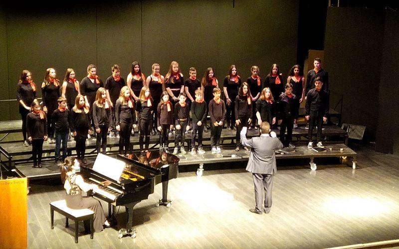 """Η Νεανική Χορωδία """"musicArte"""" Μουσικού Συλλόγου Ελασσόνας στη Λάρισα"""
