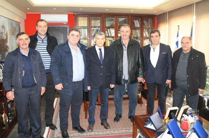 Συνάντηση Ομοσπονδίας Κτηνοτρόφων με Περιφερειάρχη Θεσσαλίας για την τιμή του γάλακτος