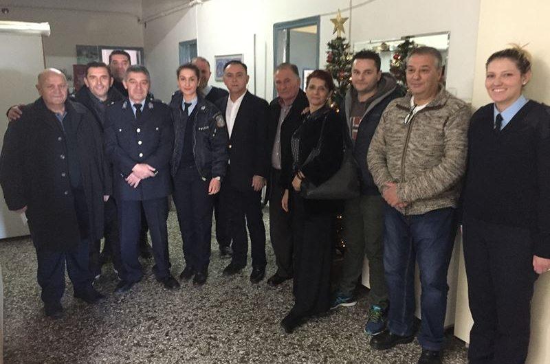 Επισκέφτηκε αστυνομία και πυροσβεστική στην Ελασσόνα ο Χρ. Κέλλας