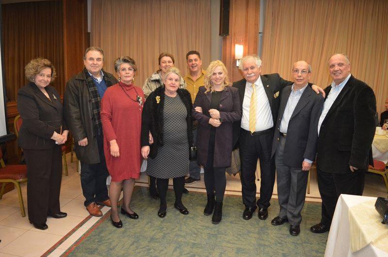 Τιμήθηκε στο Βόλο η δημοσιογράφος Αθηνά Κρικέλη στην κοπή πίτας των Ελασσονιτών Ν. Μαγνησίας