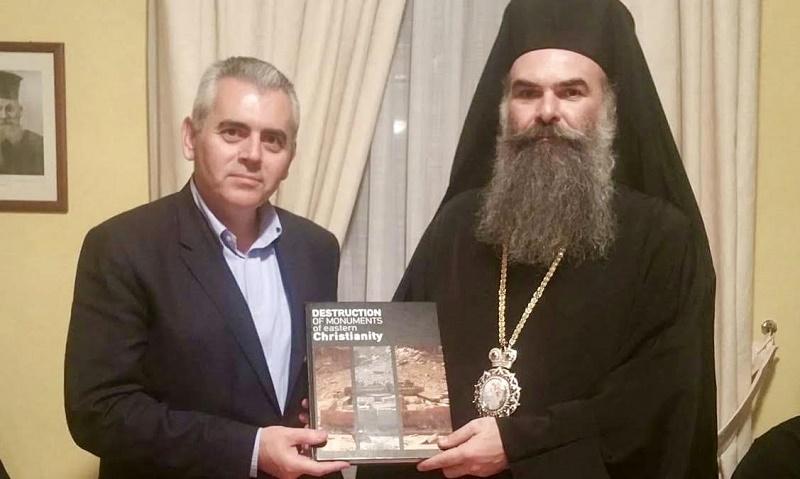Μαξ. Χαρακόπουλος σε Μητροπολίτη Ελασσόνας: Κινδυνεύουν με αφανισμό οι Χριστιανοί στη Μ. Ανατολή
