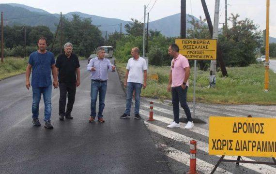 Στην αποκατάσταση δρόμων στην Τσαριτσάνη ο περιφερειάρχης Κ. Αγοραστός