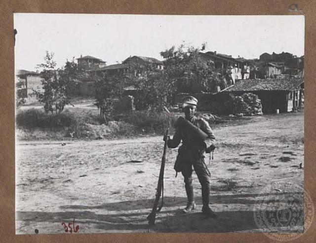 Δημήτρης Ντάλλας: «Στον Γεράσιμο Ραυτόπουλο» – Ο 12χρονος Ήρωας της Μάχης Σαρανταπόρου